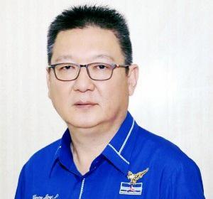 Ketua DPD Partai Demokrat Maluku, Rooy Elwen Pattiasina.